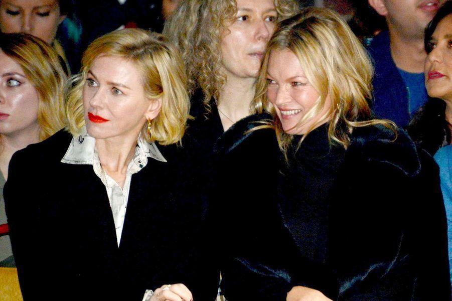 Naomi Watts et Kate Moss au défilé Burberry à Londres le 18 février 2018