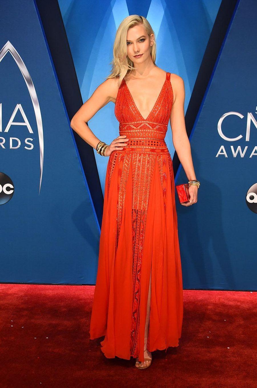 Karlie Klossà la cérémonie des CMA Awards, le 8 novembre 2017 à Nashville.