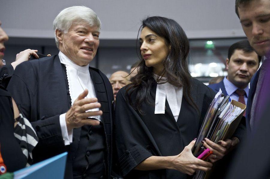 Amal Clooney à Strasbourg le 28 janvier 2015