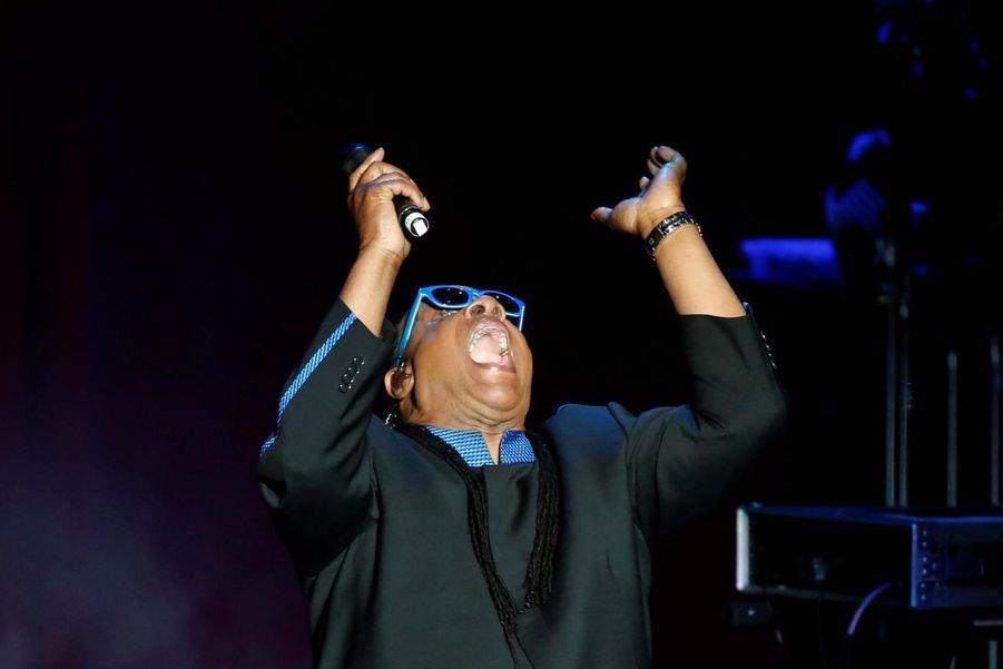 """Stevie Wonder au concert """"She's with us"""" le 6 juin 2016 à Los Angeles"""