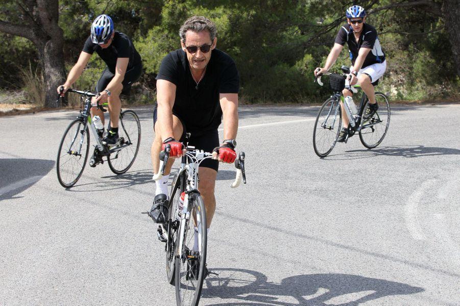 Nicolas Sarkozy en vacances, loin de la tourmente