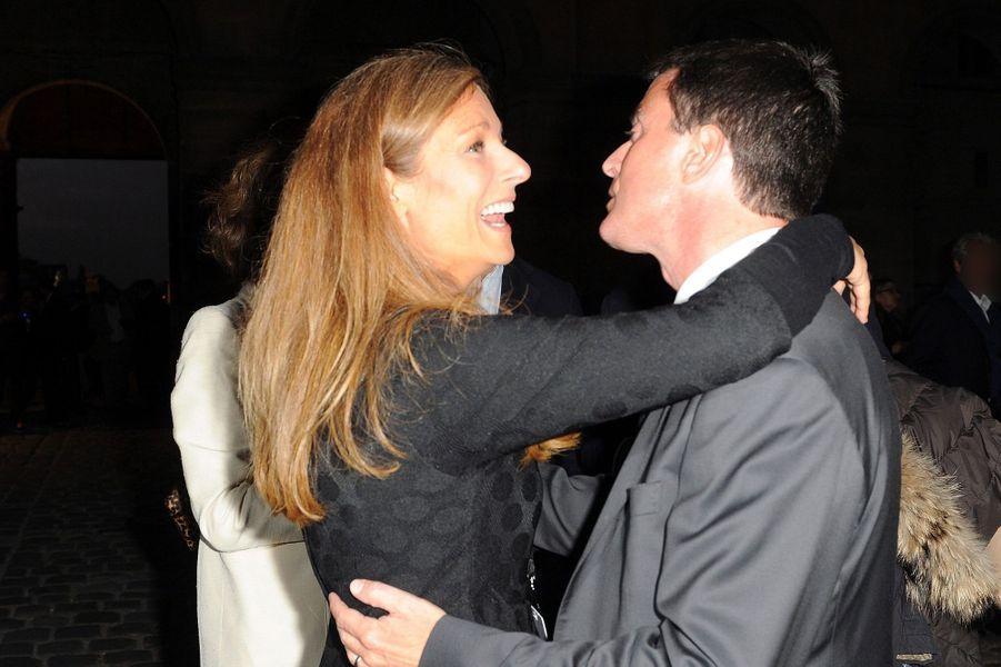 Anne Gravoin et Manuel Valls à la Première de «Don Giovanni» aux Invalides à Paris, le 9 septembre 2014.