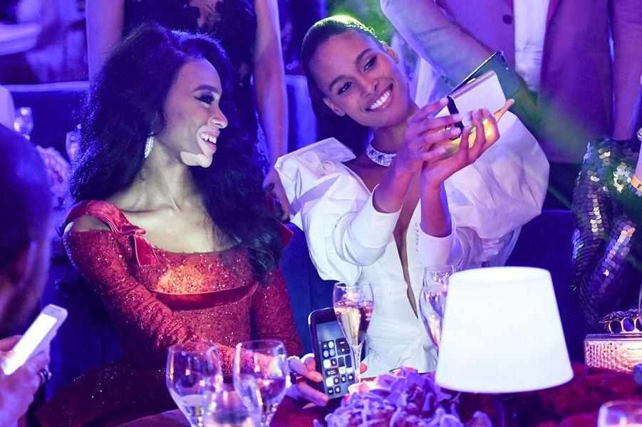 Cindy Bruna et Winnie Harlow à la soirée De Grisogono au Cap d'Antibes, le 15 mai 2018.