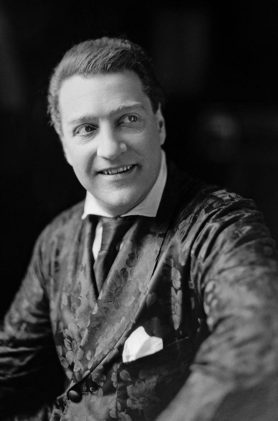 Sacha en 1925