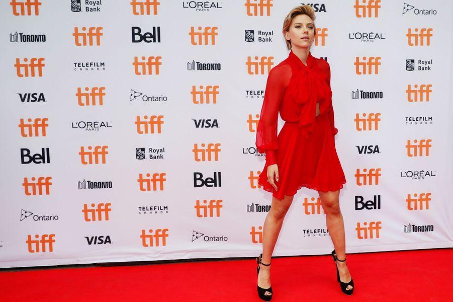 Scarlett Johansson en robe Haney au Festival de Toronto