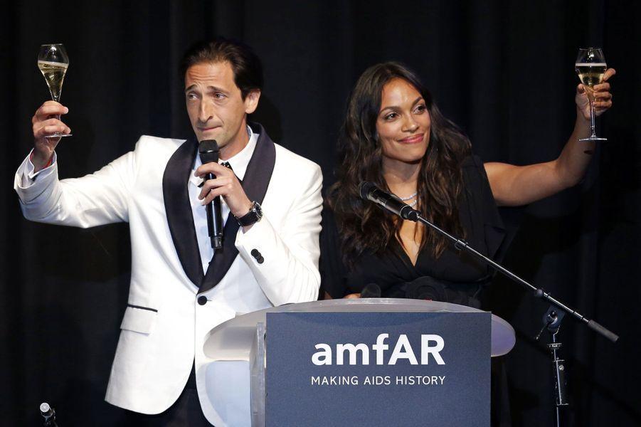 Adrian Brody et Rosario Dawson
