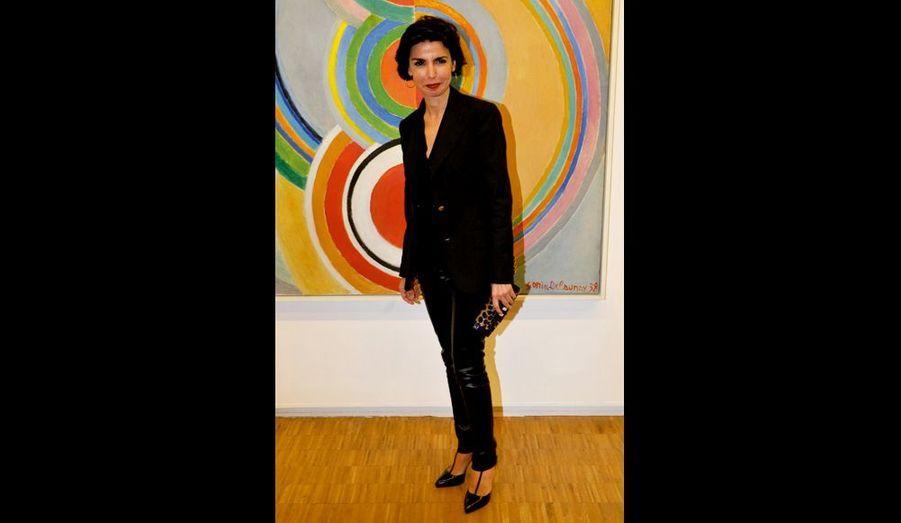 Arrivée la dernière, Rachida Dati « adooore » l'art contemporain.
