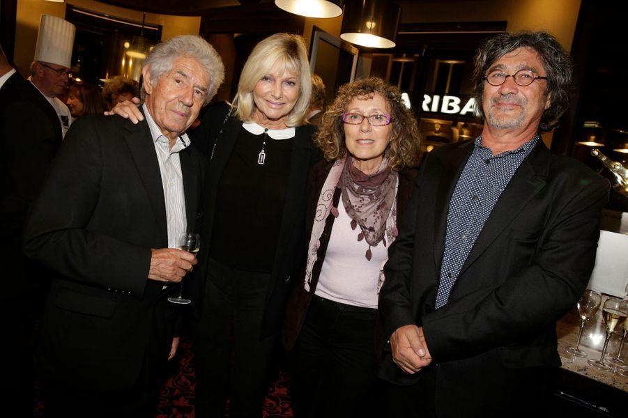 Philippe Gildas, Maryse, Mireille Dumas et Dominique Colonna à la réouverture de la brasserie L'Alsace à Paris, le 27 octobre 2014