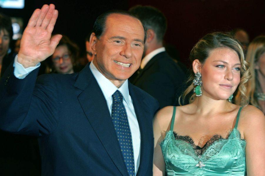 Barbara et Silvio Berlusconi à la Fashion Week de Milan en 2005.