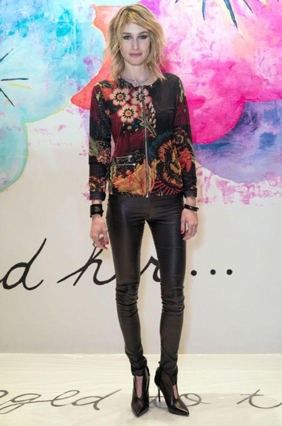 Pauline Lefèvre au défile Desigual à la Fashion Week de New York