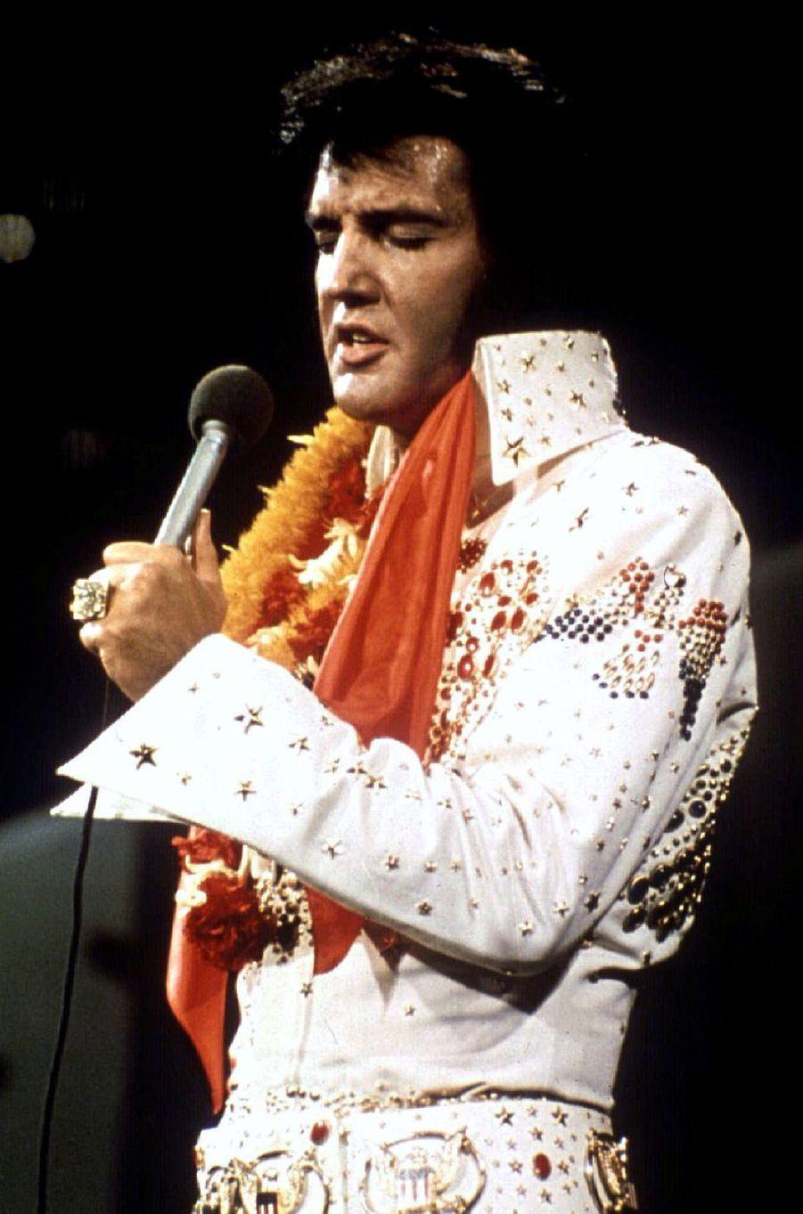 Elvis Presley, 55 millions de dollars