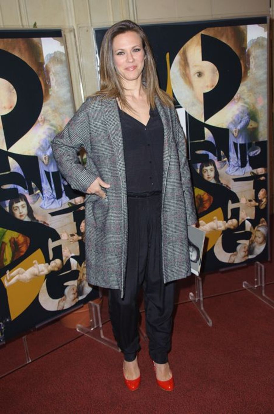 Lorie au gala Enfance Majuscule à Paris, le 9 mars 2015