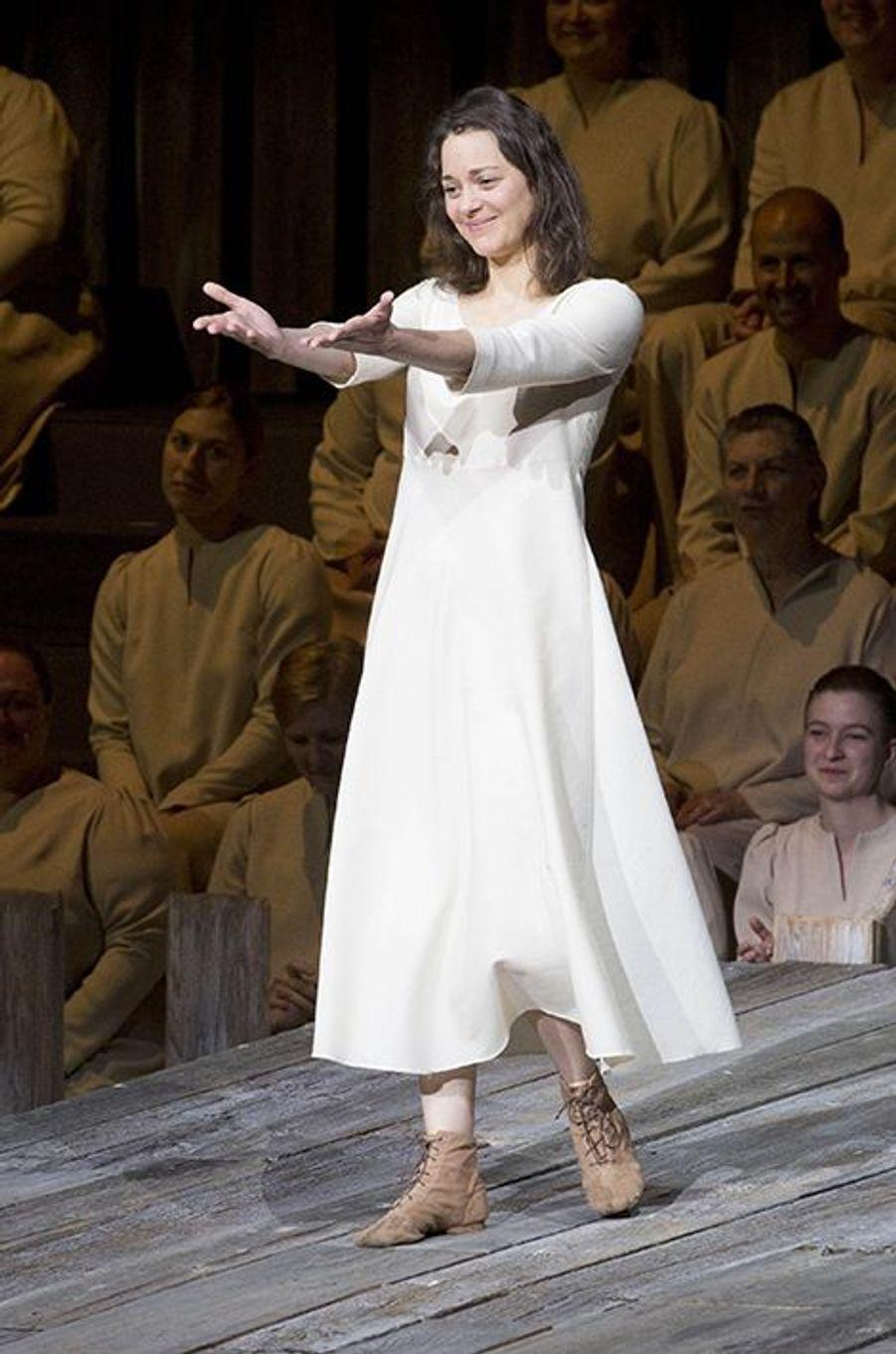 Marion Cotillard à New York le 10 juin 2015