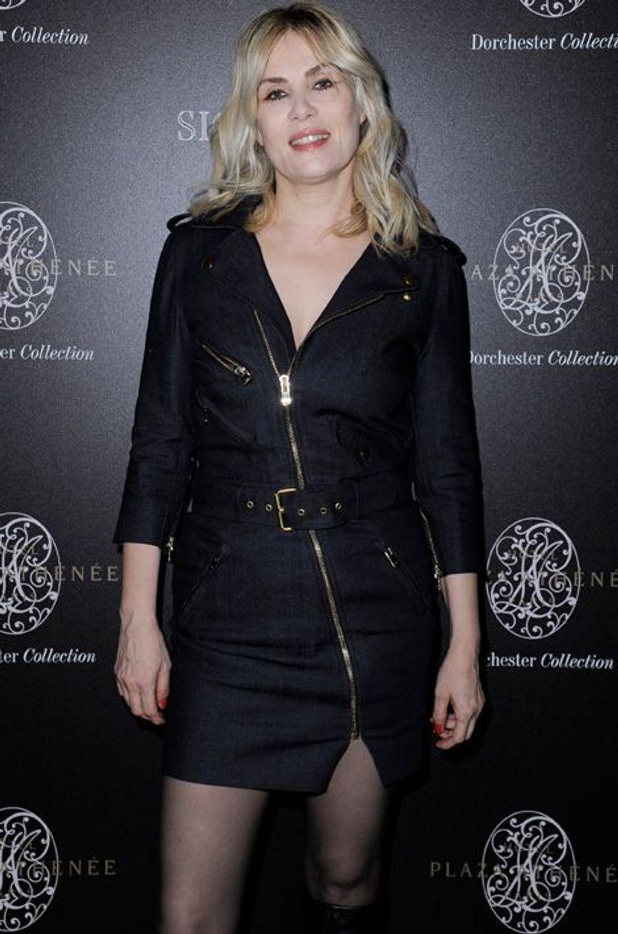 Emmanuelle Seigner à Paris le 7 mars 2015
