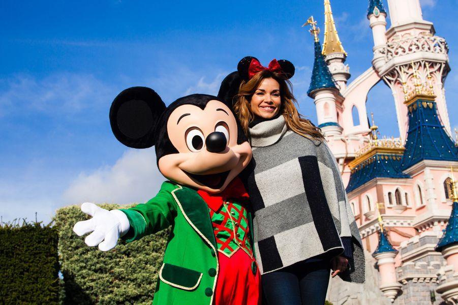 Ingrid Chauvin et Mickey à Disneyland Paris