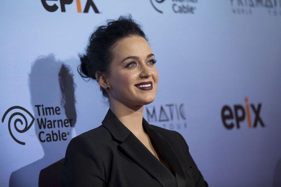Katy Perry - Katheryn Elizabeth Hudson