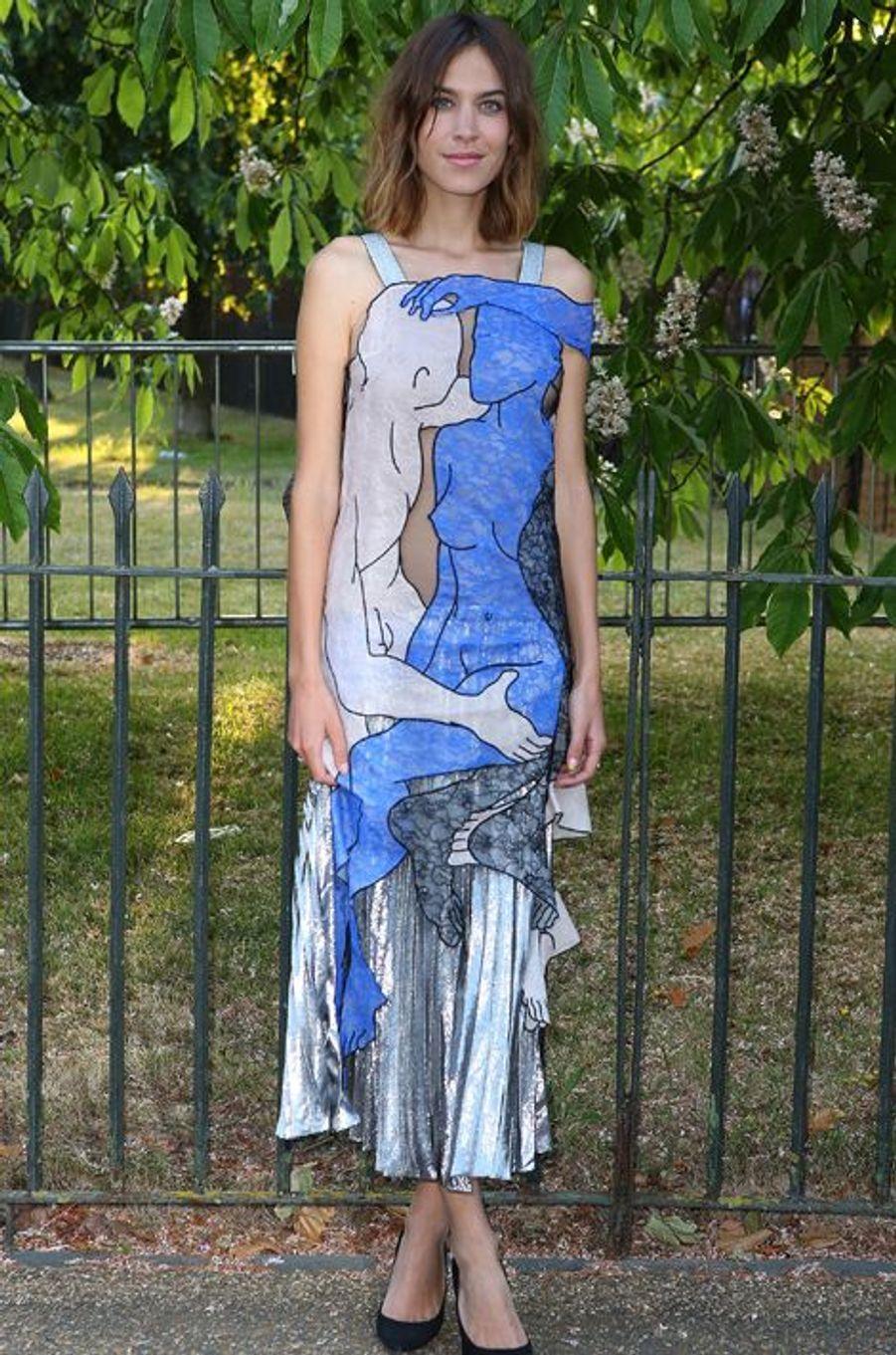 Alexa Chung à Londres le 2 juillet 2015