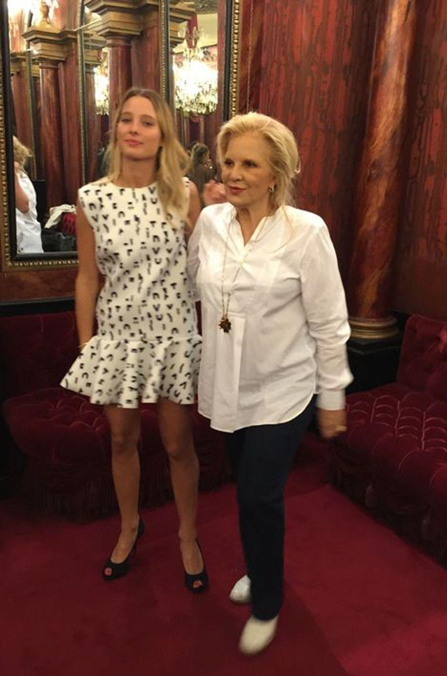 Sylvie Vartan et Ilona Smet, toujours plus proches