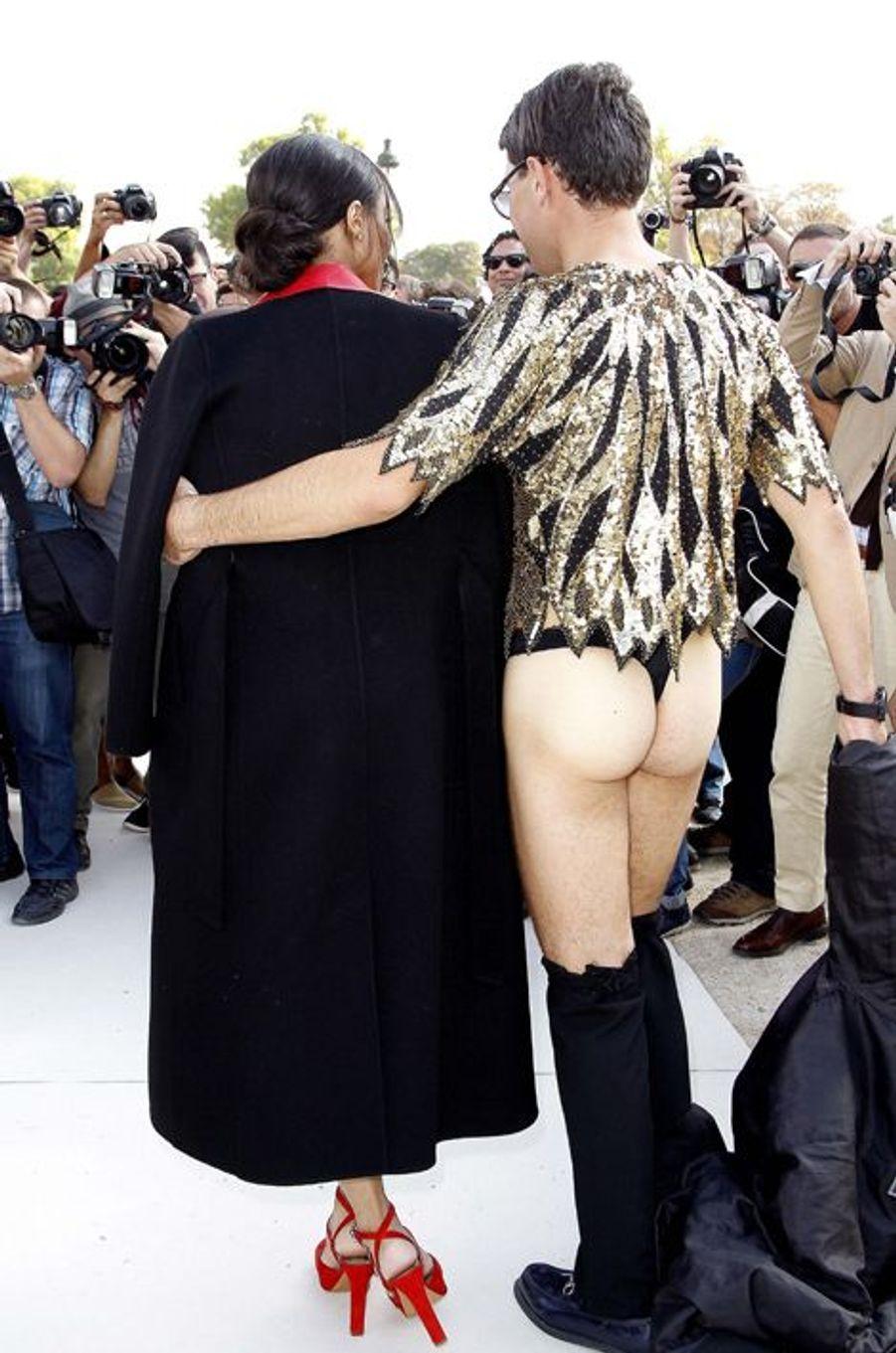 Vitalii Sediuk et Ciara, au défilé Valentino à Paris