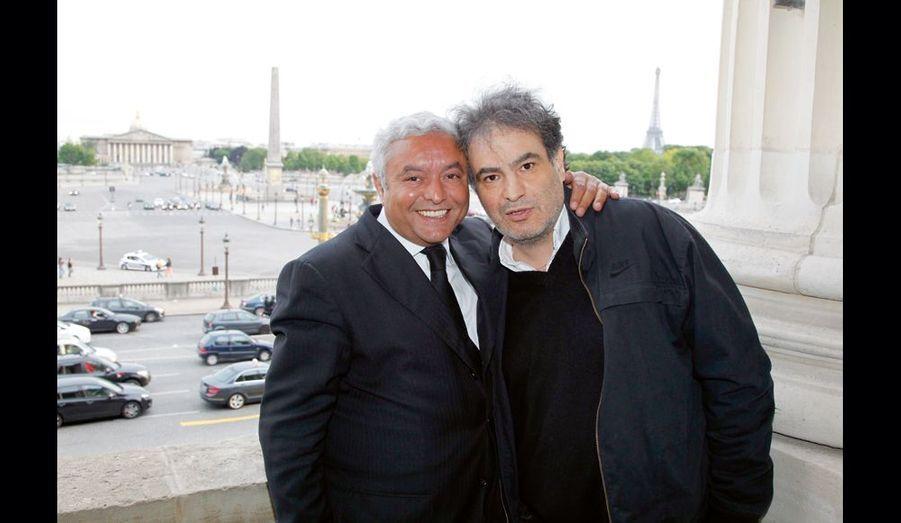 Complices : l'homme d'affaires François Bennaceur et l'irrésistible Raphaël Mezrahi.