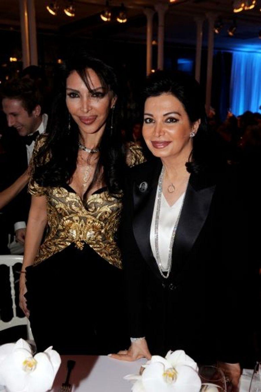 Pour sa première sortie depuis la mort de son mari, Nazek Hariri (à dr.) avait choisi la soirée d'Homayra Sellier.