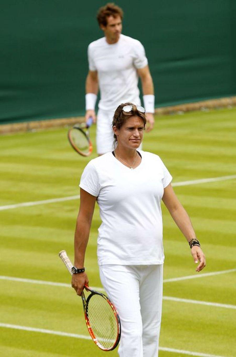 Enceinte, Amélie Mauresmo entraîne Andy Murray pour Wimbledon