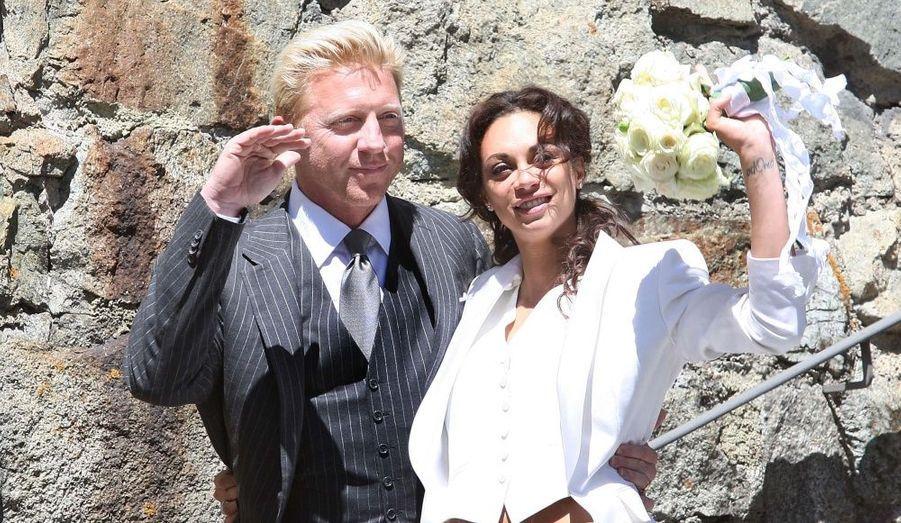 """Le tennisman Boris Becker a épousé en seconde noce Sharlely """"Lilly"""" Kerssenberg à St. Moritz, en Suisse, vendredi. Parmi les 200 invités figuraient notamment Mika Häkkinen et Franz Beckenbauer."""