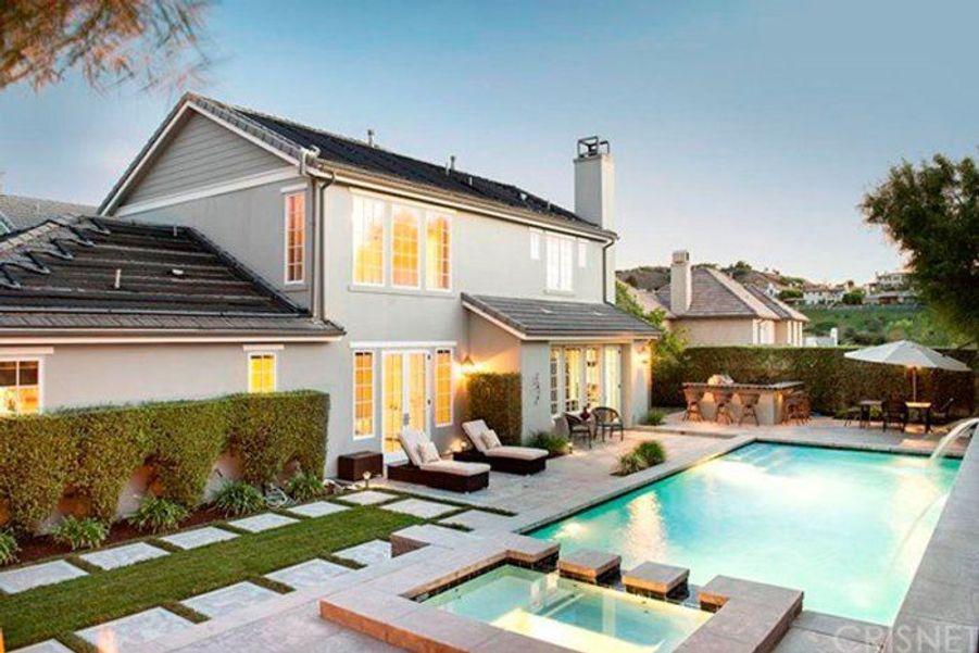 Kris jenner offre une villa de r ve rob kardashian for Decoration maison kourtney kardashian