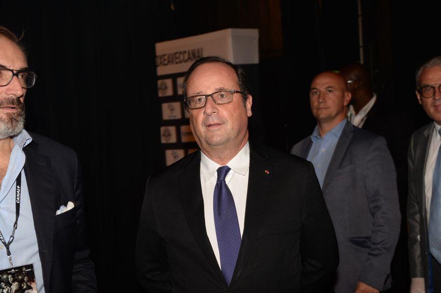 François Hollande après le combat Yoka-Rice au Zénith de Paris.