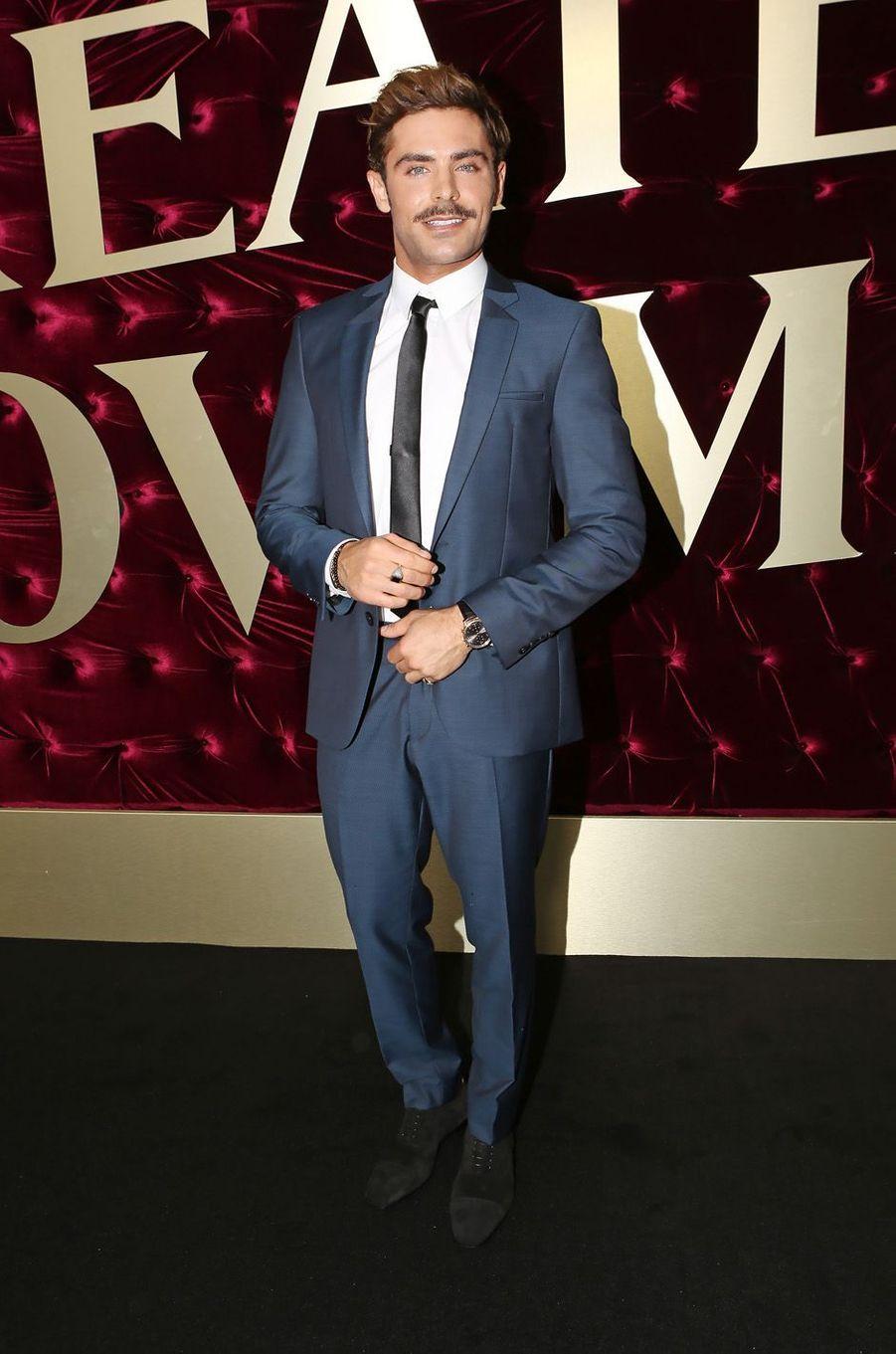 """Zac Efronà l'avant-première de """"The Greatest Showman"""", le 20 décembre 2017 à Sydney."""