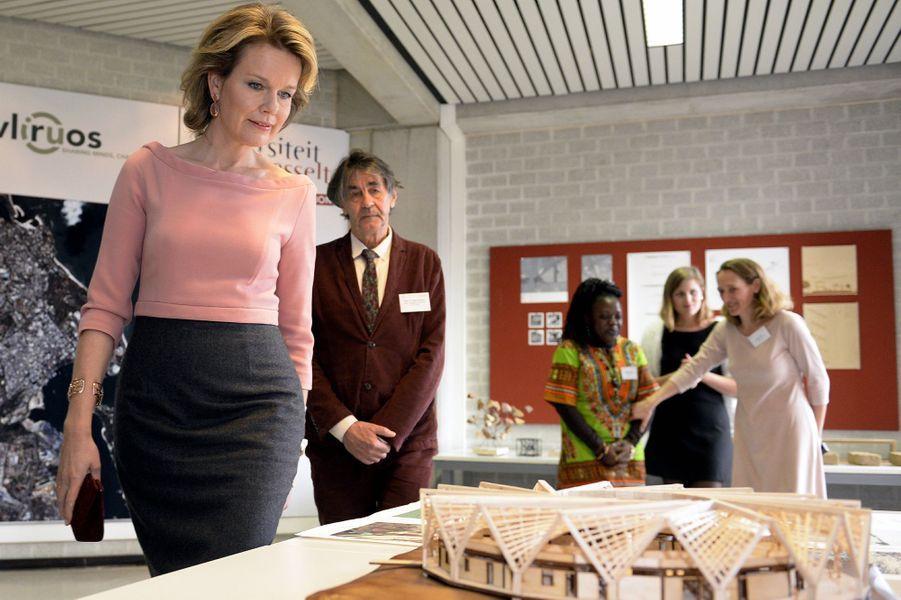 La reine Mathilde de Belgique à l'Université de Hasselt, le 23 février 2016