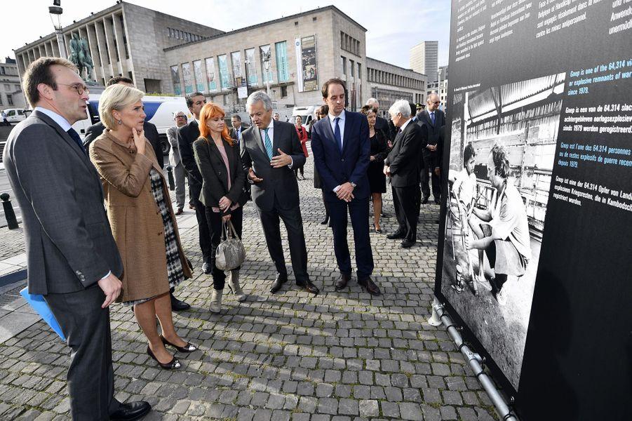 La princesse Astrid de Belgique et la chanteuse Axelle Red inaugurent une exposition à Bruxelles, le 29 septembre 2017