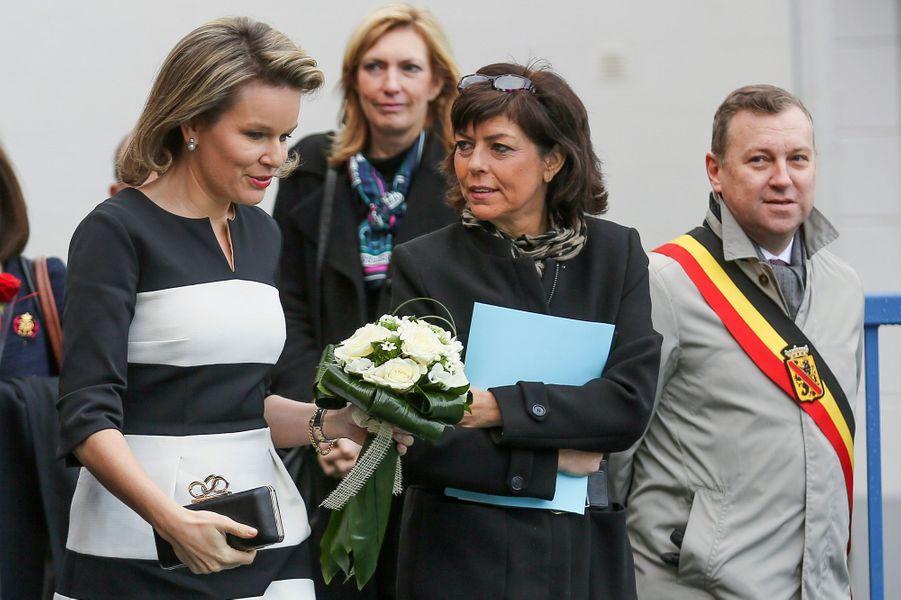 La reine Mathilde de Belgique à l'école Saint-Joseph à Couvin, le 3 février 2016