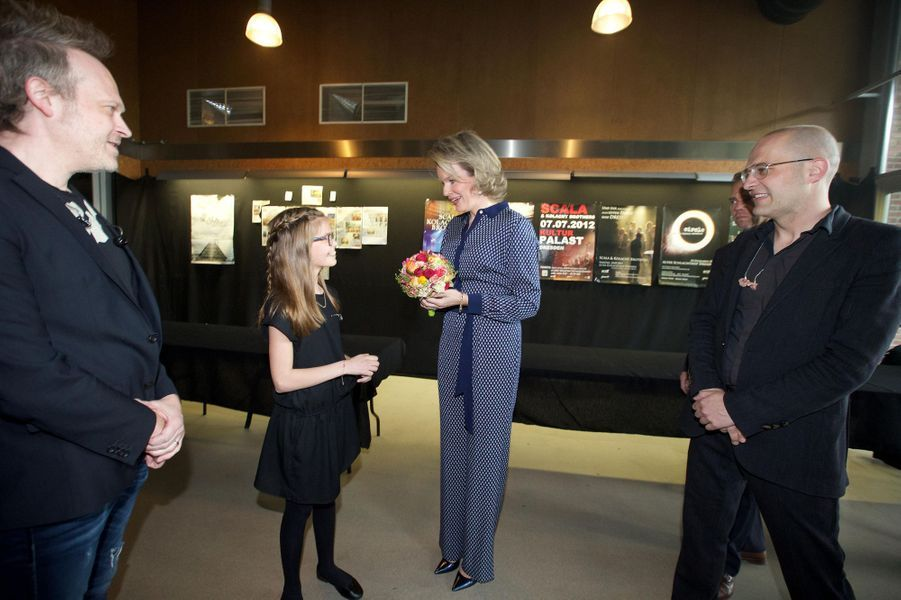 La-reine-Mathilde-de-Belgique-a-Aarschot-le-24-avril-2016.jpg