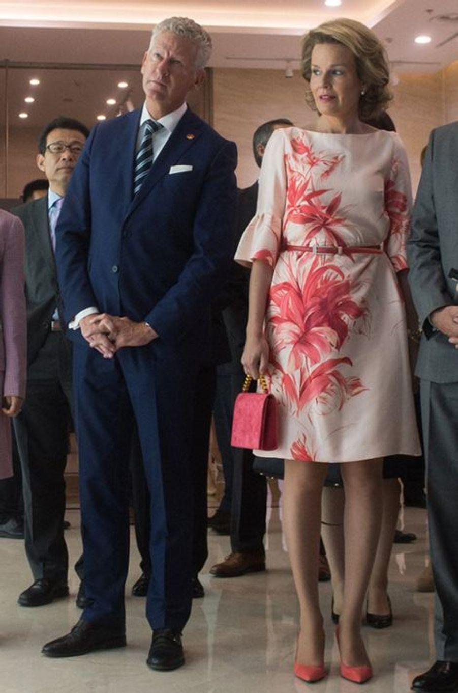 La reine Mathilde et le roi Philippe de Belgique à Wuhan, le 21 juin 2015
