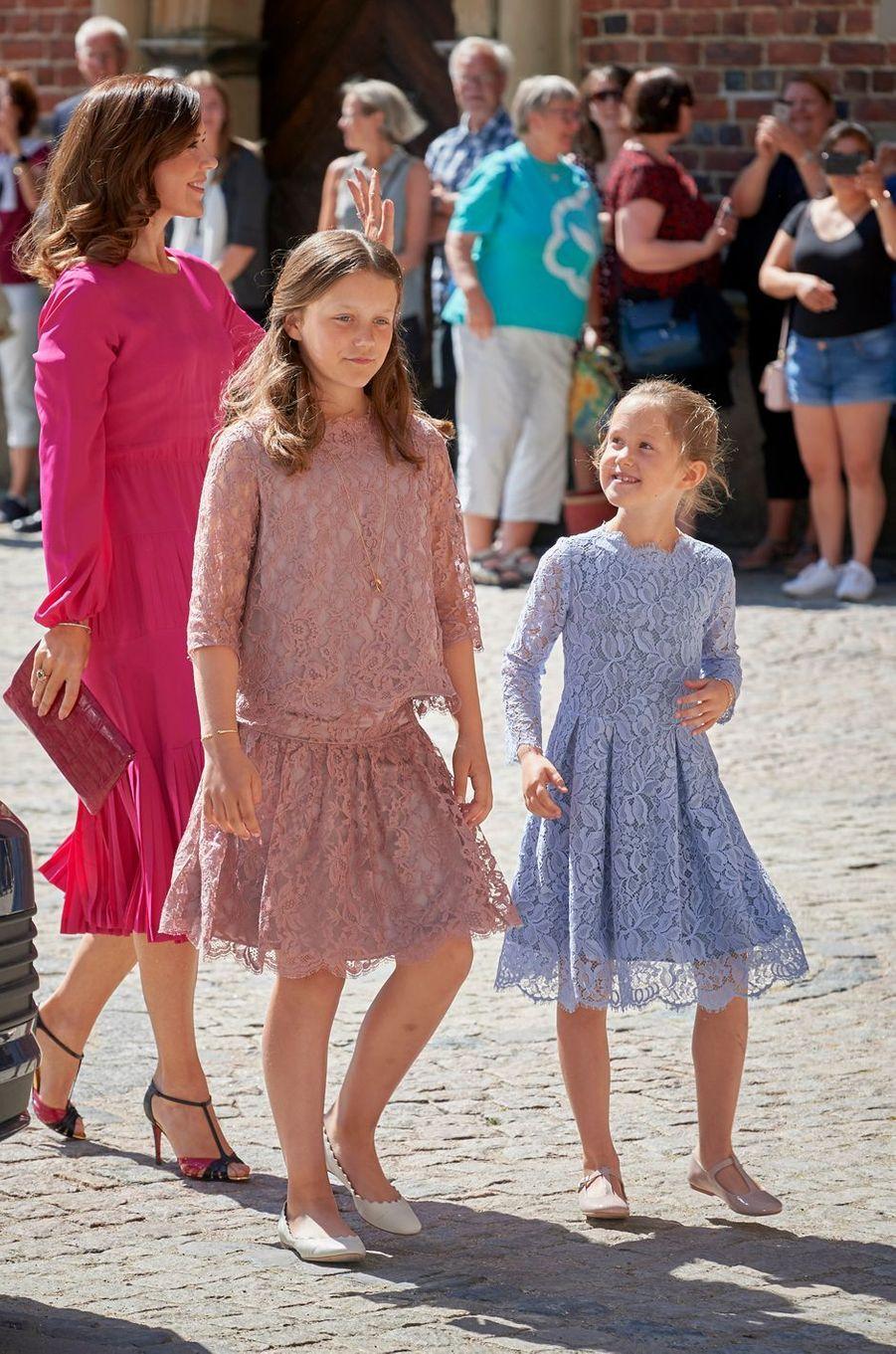 Les princesses Mary, Isabella et Josephine de Danemark au château de Frederiksborg, le 24 mai 2018
