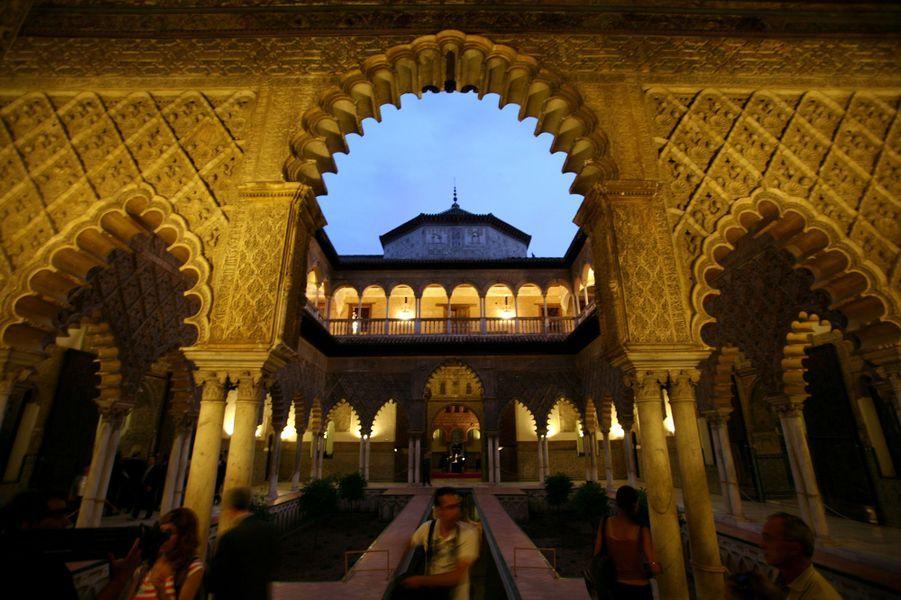 L'Alcazar de Séville : le Patio de las Doncellas