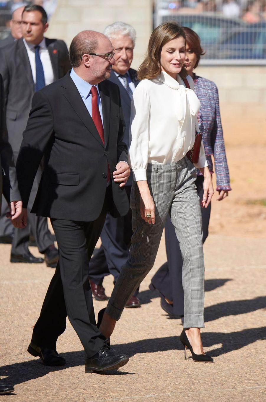 La reine Letizia d'Espagne à Teruel pour la rentrée de la formation professionnelle, le 27 septembre 2017