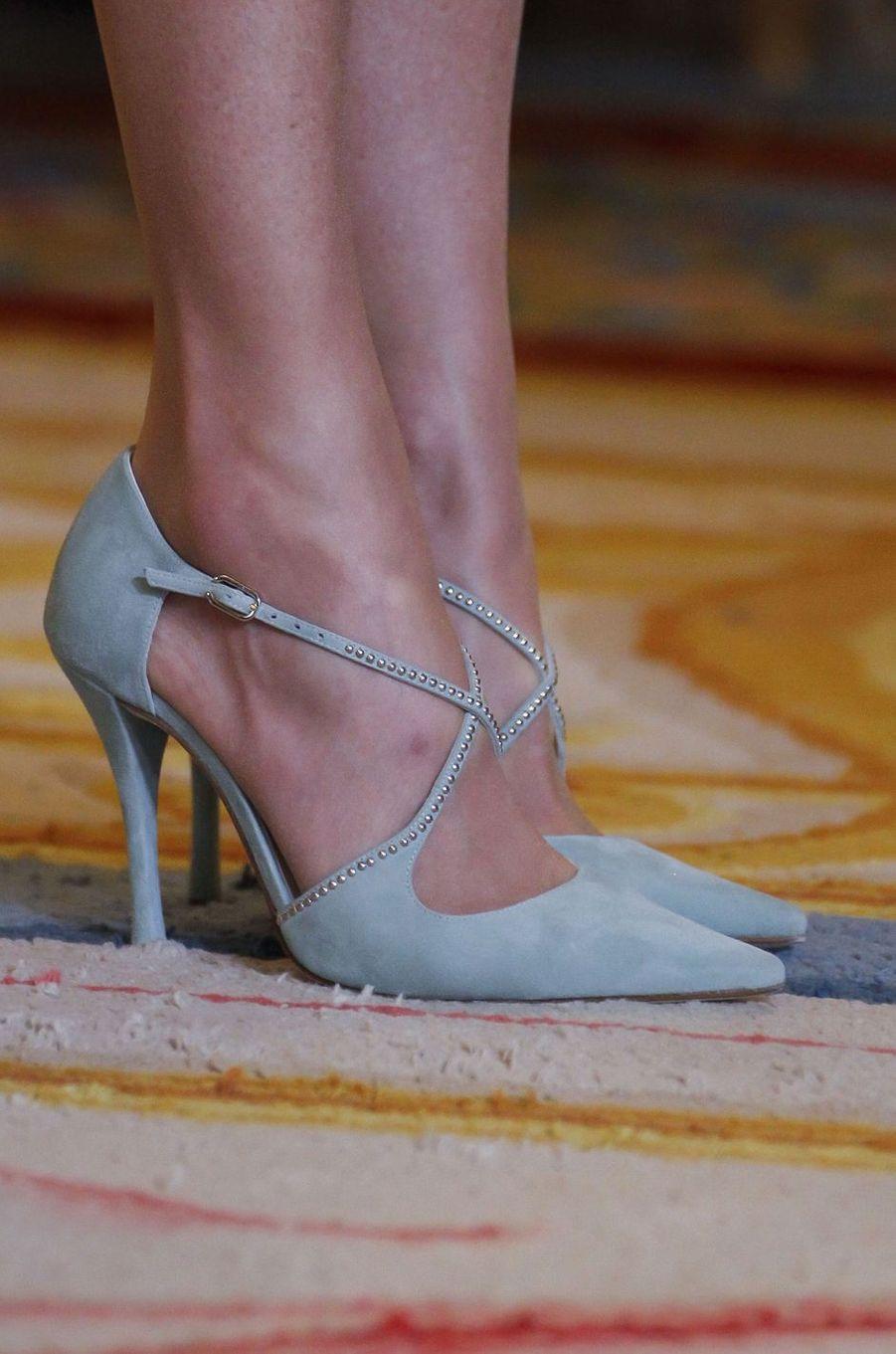 Les chaussures de la reine Letizia d'Espagne à Madrid, le 20 avril 2018