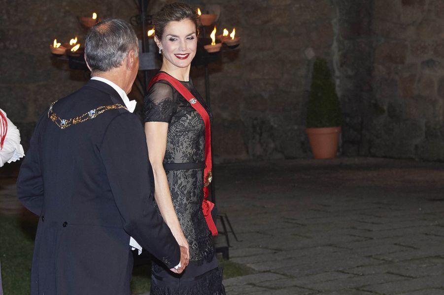 La reine Letizia d'Espagne au Palais des ducs de Bragance à Guimaraes, le 28 novembre 2016