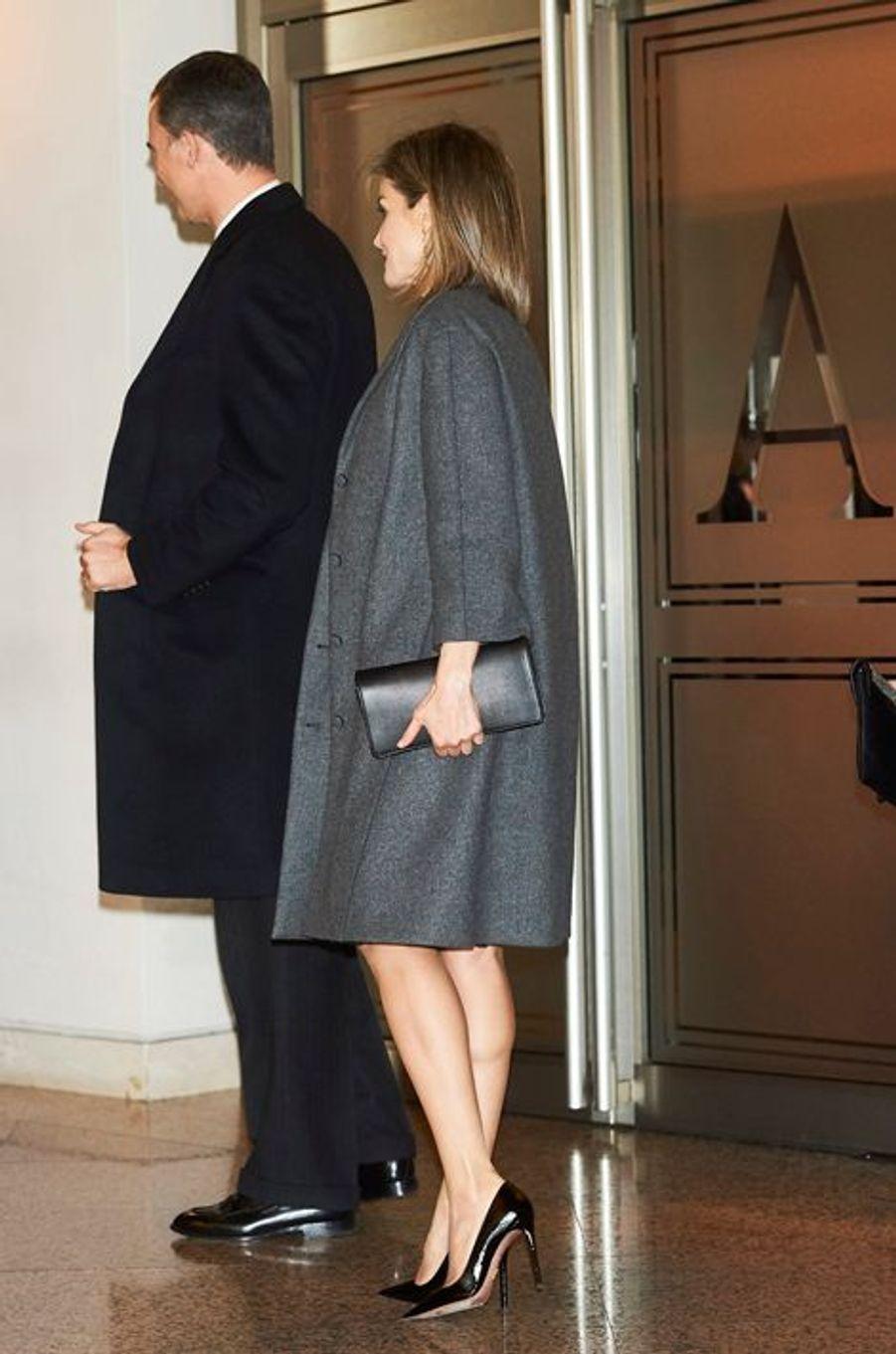La reine Letizia et le roi Felipe VI d'Espagne à Madrid, le 10 mars 2016