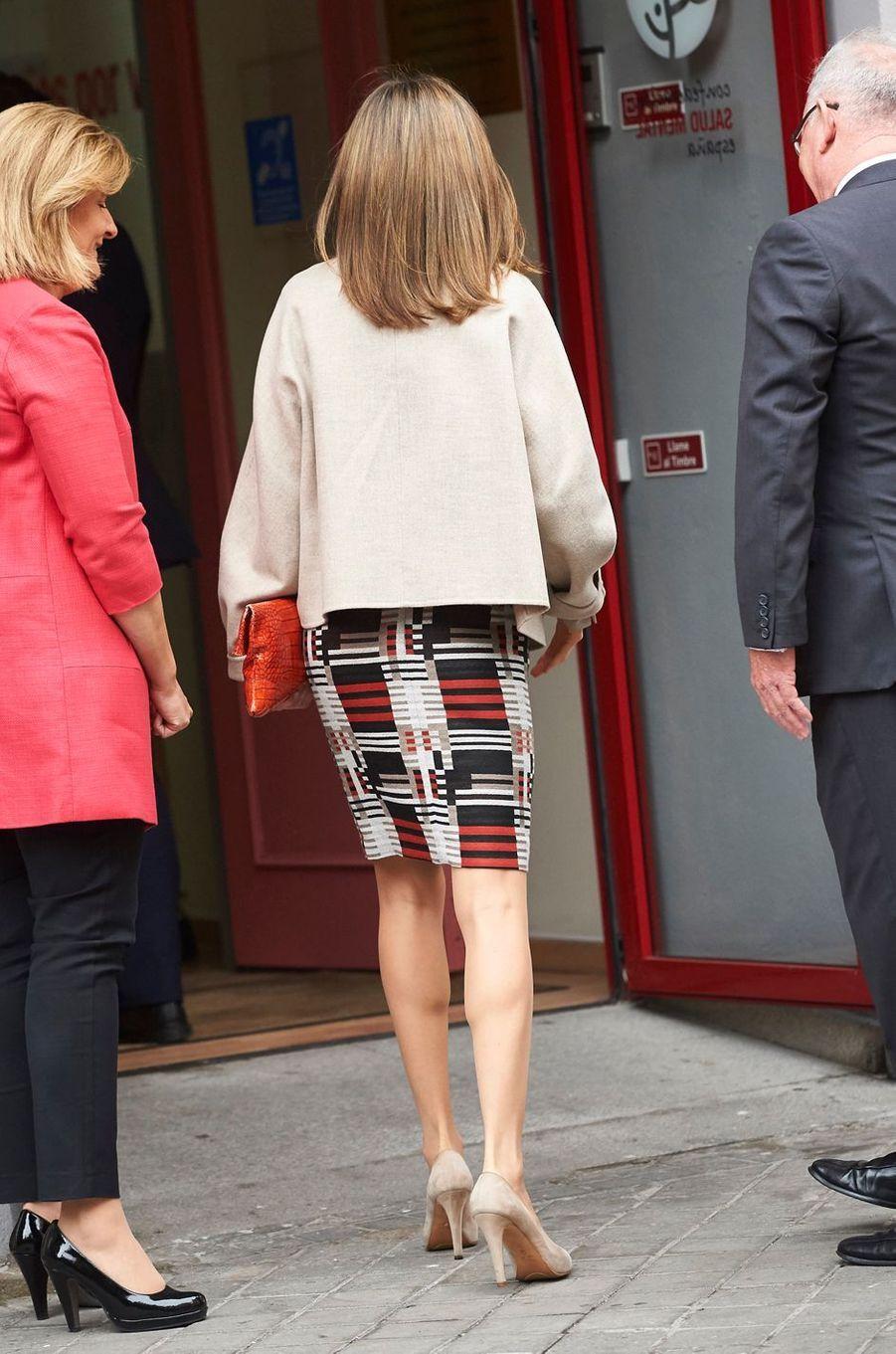 La reine Letizia d'Espagne se rend à une réunion de travail à Madrid, le 18 octobre 2016