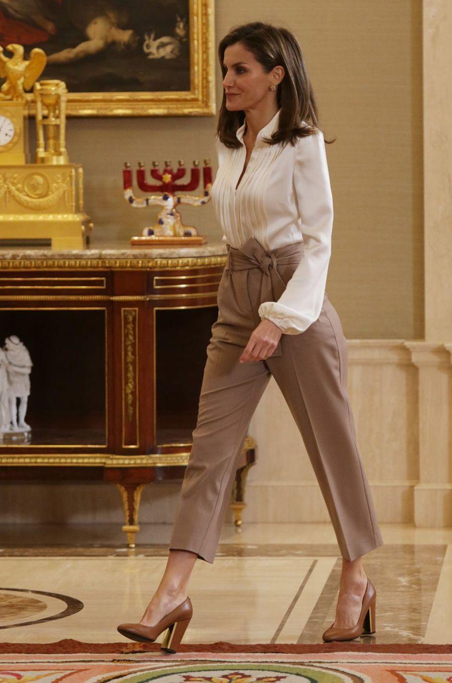 La reine Letizia d'Espagne au palais de la Zarzuela à Madrid, le 23 janvier 2018