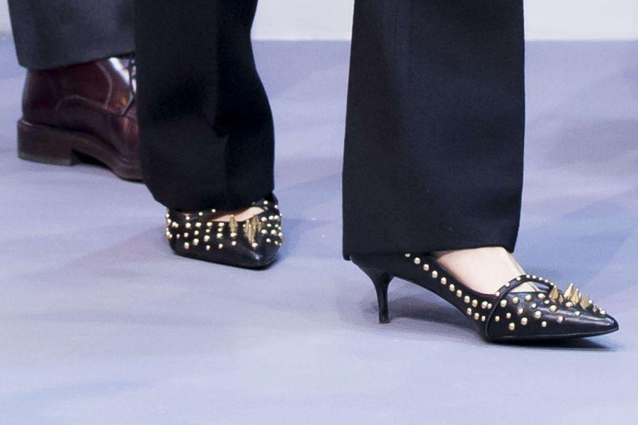Les chaussures à clous Uterqüe de la reine Letizia d'Espagne à Madrid, le 17 janvier 2018