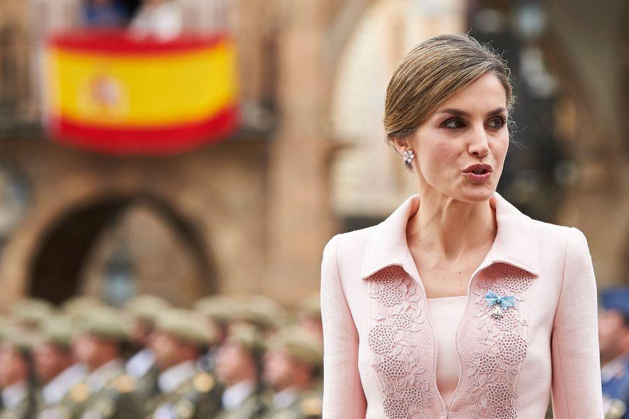 La-reine-Letizia-d-Espagne-a-Salamanque-le-13-juin-2016.jpg