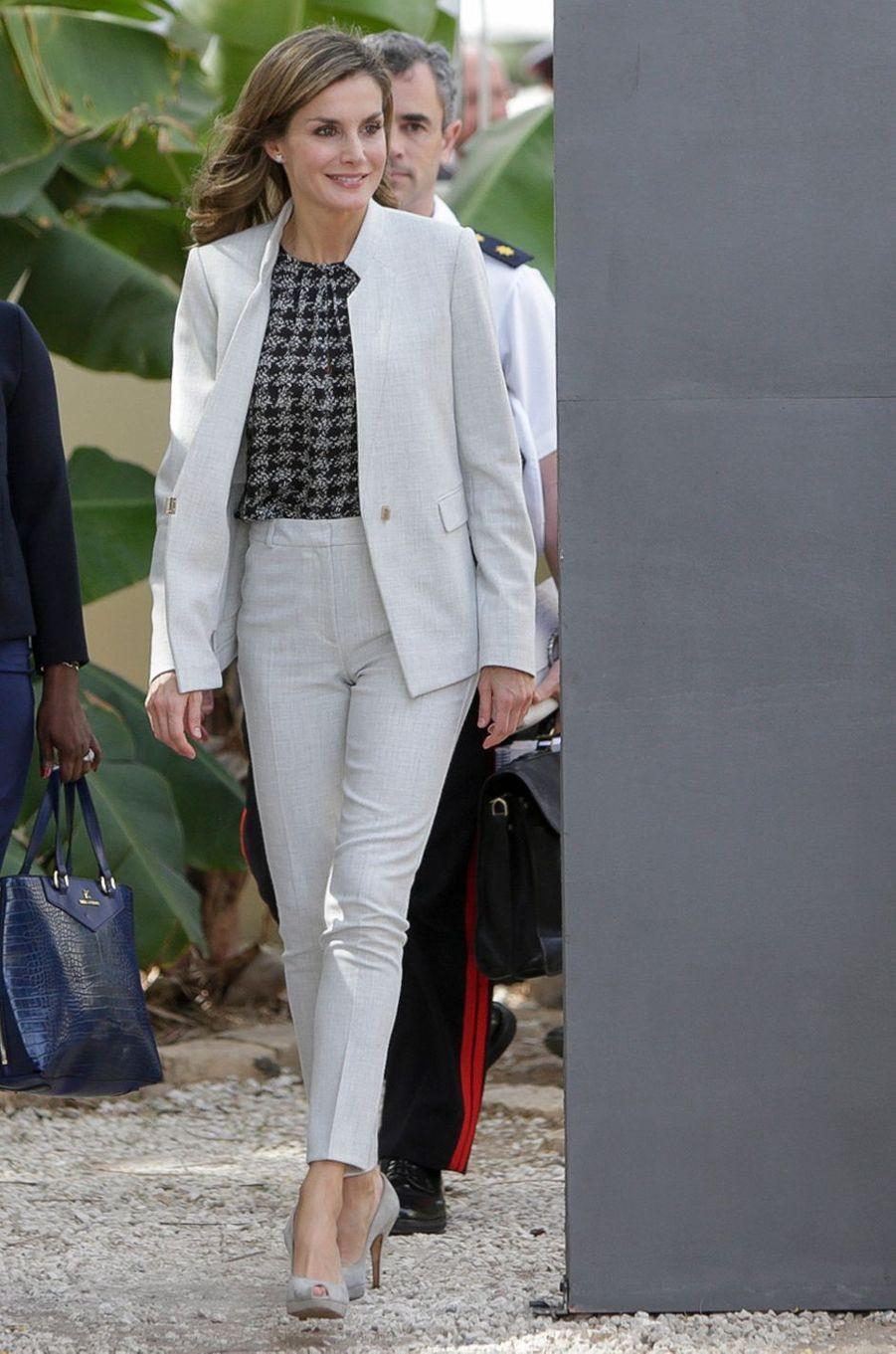La reine Letizia d'Espagne à Dakar, le 12 décembre 2017