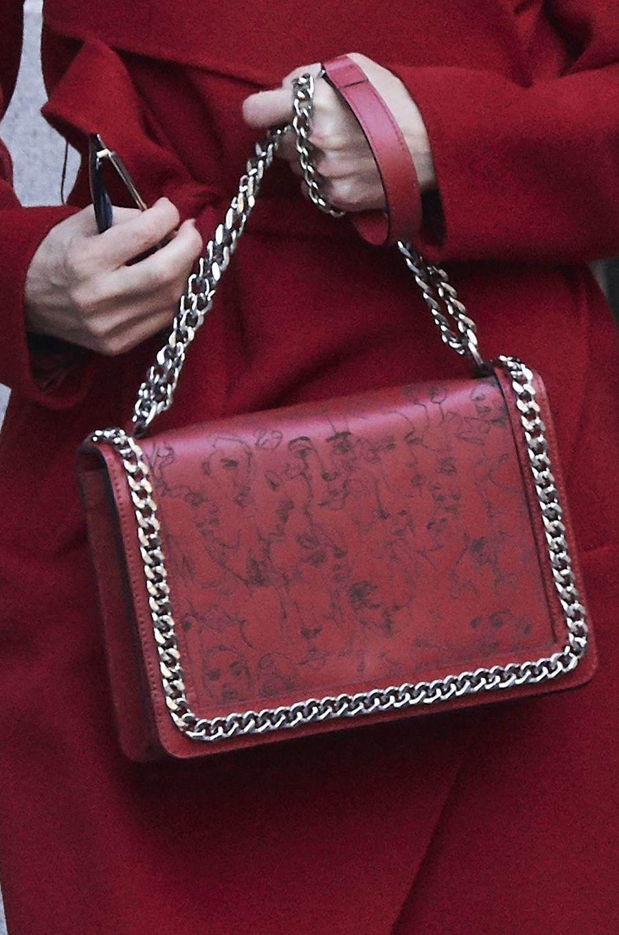 Le sac de la reine Letizia d'Espagne à Madrid, le 21 décembre 2017