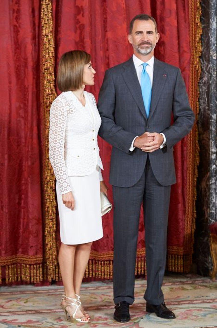 La reine Letizia et le roi Felipe VI d'Espagne au Palais royal à Madrid, le 13 juillet 2015