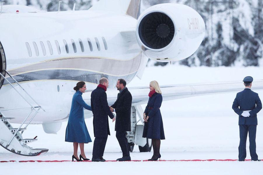 La duchesse de Cambridge et le prince William avec la princesse Mette-Marit et le prince Haakon de Norvège à Oslo, le 1er février 2018
