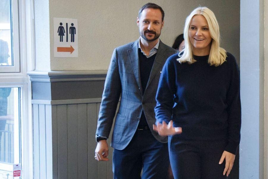 La princesse Mette-Marit et le prince Haakon de Norvège à Oslo, le 12 décembre 2016